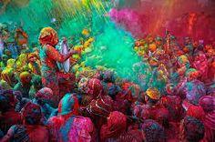 Holi festival, fête hindoue de l'équinoxe du printemps