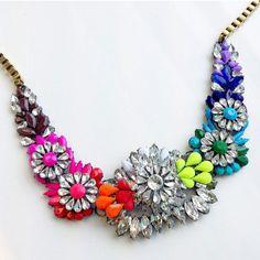 #KimsKieNails flower necklace