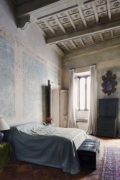 Simon Watson / Interiors / Labeque & Axel Vervoordt Rome - Love the ceiling Interior House Colors, Home Interior Design, Interior Decorating, Interior Livingroom, Interior Modern, Decoration Design, Decoration Table, Decoration Crafts, Palazzo