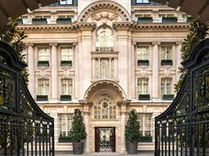 Where to Stay in London: Gold List 2016 - Condé Nast Traveler