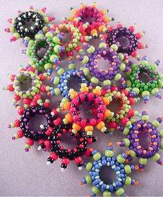 beaded fun circles  http://marshalljodie.blogspot.com/2009_03_01_archive.html