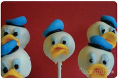 Donald Duck cake pops use 8 shape for mouth. Cupcake Cake Designs, Cupcake Cakes, Baby Cakes, Donald Duck Cake, Cake Pop Decorating, Baby Shower Cake Pops, Cute Cakes, Cake Creations, Creative Cakes