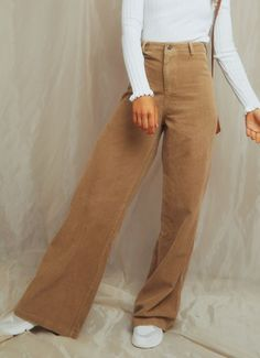 Get Em Girl Pants - Tan - Source by arslandevran - 70s Fashion, Fashion 2020, Look Fashion, Fashion Outfits, White Fashion, Trendy Fashion, Girl Fashion, Vintage Fashion, Girls Pants
