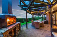 A beautiful outdoor fire place and wood fired cooker designed in New Zealand to suit your lifestyle. Wood Fired Oven, Wood Fired Pizza, Char Grill, Fire Pizza, Outdoor Fire, Outdoor Entertaining, Firewood, Future House, Beach House