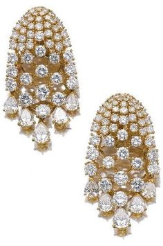 Earrings from a gold and diamond demi-parure by Van Cleef and Arpels, circa Via Diamonds in the Library. Black Diamond Earrings, Diamond Jewelry, Diamond Necklaces, Bling Bling, Van Cleef And Arpels Jewelry, Jewelry Stores Near Me, Silver Diamonds, Buy Diamonds, Diamond Are A Girls Best Friend