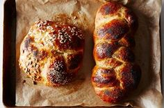 Jessica Fechtor's Five-Fold Challah: maybe I over-proofed these? Tasty, soft, not dry but flat for challah. Not as sweet as challah often is. More like 15 minutes in our oven. Diy Food Gifts, Edible Gifts, Cooking Recipes, Healthy Recipes, Bread Recipes, Epicurious Recipes, Thanksgiving Sides, Thanksgiving Appetizers, Thanksgiving Recipes