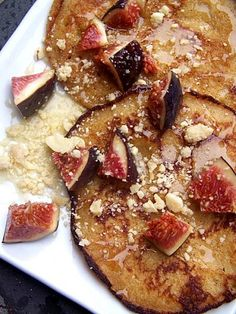 Figs and cornflour morning pancakes.