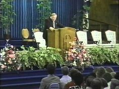 Kenneth E Hagin   Love The Way to Victory    03   Divine Love Defined