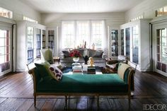 A Railway Depot Turned Home In Upstate NY - ELLE DECOR