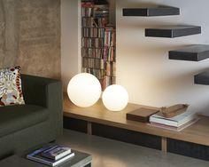 Globo table lamp, design Slide Studio.