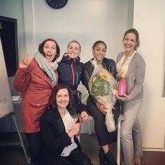 Tusen takk til @mariarams og @skillingsbolle1 for blomster champis og sjokolade Dere er noen gode knuppiser og vil fort bli savnet på KOLON Masse lykke til videre til begge to!! #Shallabais #PågjensynLadies #privatist #bergen #kolonnorge