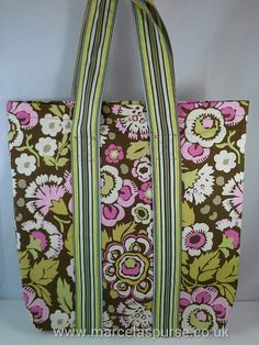 Hey, I found this really awesome Etsy listing at https://www.etsy.com/uk/listing/186675582/flower-tote-bag-fabric-handbag-tote-bag