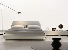 Downtown Platform Bed by Rossetto