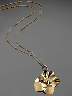 h.stern Rose Necklace, Jewel Box, Marie Claire, Jewelry Necklaces, Rose 696a27b7280b