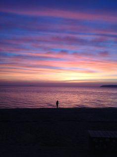 I østen stiger solen op Otter, Celestial, Sunset, Outdoor, Sun, Corning Glass, Outdoors, Otters, Sunsets