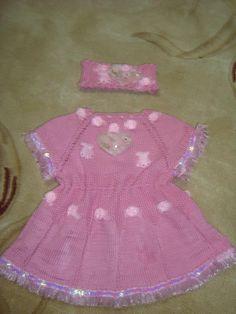 Pembe örgü çocuk elbiseleri