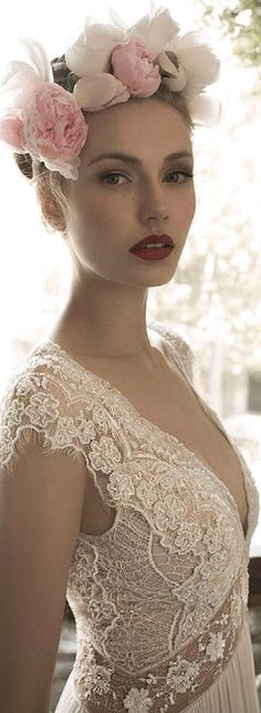 Luxury #Wedding...I Do! ginger lily wedding dress close up bodice #Luxury.com via #Wedding Inspirations- ♔LadyLuxury♔