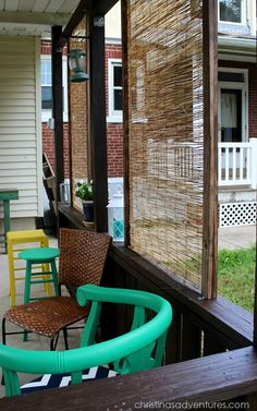 DIY Bamboo Privacy Screen - made from bamboo fencing! Easy & thrifty outdoor privacy screen