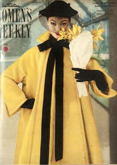 Australian Women's Weekly, coat by Jacques Fath, August 1952 Jacques Fath, Fifties Fashion, Retro Fashion, Classic Fashion, Vintage Glamour, Vintage Ladies, Vestidos Pin Up, Moda Vintage, Vintage Sewing