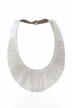 NUEVO - Collar Brigitte - de Cuero con Flecos - Ideal para el verano - Trendy - Fashion - Design