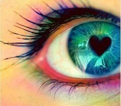 Image shared by ɴᴇᴊʀᴀ. Find images and videos about beauty, blue and eyes on We Heart It - the app to get lost in what you love. Cute Eyes, Pretty Eyes, Beautiful Eyes, Simply Beautiful, Mini Toile, Rainbow Eyes, Crazy Eyes, Look Into My Eyes, Eye Photography