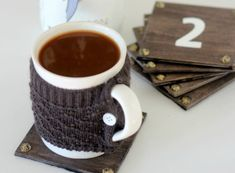 You can gift these DIY wooden coasters to someone you love. Make these using repurposed wood and beautiful yet simple ornaments. Diy Coasters, Wooden Coasters, Creative Crafts, Diy Crafts, Repurposed Wood, Business For Kids, Online Business, Pencil Holder, Food Packaging