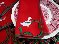 Christmas Goose Red Napkins Set of 4 Linen Dinner Napkins 1980s Holiday Tea Party