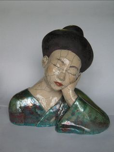 Ceramic sculpture by Mélanie Bourget