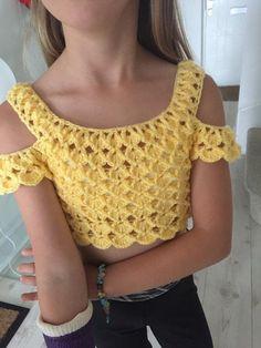 Crochet T Shirts, Crochet Crop Top, Crochet Clothes, Crochet Bikini, Hexagon Crochet Pattern, Frock Dress, Crochet Woman, Summer Wear, Pull