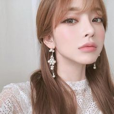 Discovered by 多米 。. Find images and videos about girl, ulzzang and kfashion on We Heart It - the app to get lost in what you love. Asian Makeup, Korean Makeup, Korean Beauty, Asian Beauty, Japanese Makeup, Korean Skincare, Natural Beauty, Makeup Inspo, Beauty Makeup