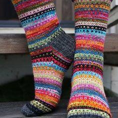 Knitting Patterns Mittens Ravelry: JennyF's Music to my eyes Crochet Socks, Knitting Socks, Hand Knitting, Knit Crochet, Knit Socks, Knitted Socks Free Pattern, Mitten Gloves, Mittens, Ravelry
