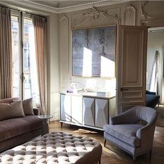 How beautiful is @bakerfurniture in Paris? #thislightingthough #shadows #naturallight #parisperfection #frencharchitecture #authenticity #beautifulplaces #jeanlouisdeniot #bakerfurniture #interiordesign #maisonobjet #decooff #pdo17 #parisdesignweek #designlife #instagramtakeover @ninamarienash
