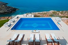 Holiday Villa in Chania, Crete - Top hill luxurious villa Chrissi