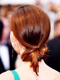 Nackendutt von Natalie Portman: So stylt ihr ihre Frisur nach.