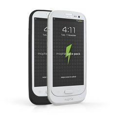Mophie Juice Pack [2300mAh] - Obudowa ochronna z wbudowaną baterią o imponującej pojemności 2300mAh, dedykowana smartphone Samsung Galaxy S III. Ultracienka (zaledwie 1.7cm grubości), wykonana z bardzo trwałych materiałów, została stworzona z uwzględnieniem odbiorców, którym zależy na zachowaniu praktycznie oryginalnych rozmiarów swojego telefonu, pomimo umieszczenia go w etui z wbudowaną baterią.