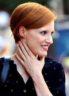jessica chastain short hair | Jessica Chastain Short Hairstyles – Eton-crop classic simple bob ...