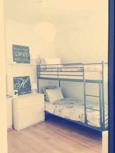 1000 ideas about lit superpos ikea on pinterest. Black Bedroom Furniture Sets. Home Design Ideas