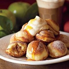 Spiced Apple-Filled Ebelskivers: With a spoonful of spiced apple filling tucked inside and accompanied by maple whipped cream, these pancakes have just the right balance of cinnamon, ginger, cloves and nutmeg. Danish Pancakes, Pancakes And Waffles, What's For Breakfast, Breakfast Recipes, Breakfast Items, Dessert Recipes, Crepes, Ebelskiver Recipe, Fudge