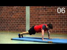 Stabilisationstraining (14 Übungen zum Mitmachen) - YouTube Fitness Workouts, Daily Stretches, Outside Activities, Check Up, Body Weight Training, Yoga, Play Hard, Excercise, Work Hard