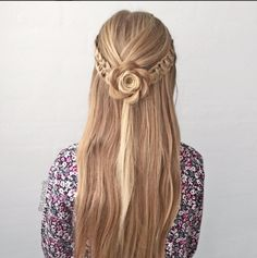 19 Super Easy Hairstyles for 2018 - Fazhion Braided Prom Hair, Braided Bun Hairstyles, Easy Hairstyles For Long Hair, Pretty Hairstyles, Girl Hairstyles, Flower Hairstyles, Hairstyle Ideas, Hair Ideas, Pinterest Hair