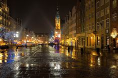 Gdansk night_ Poland