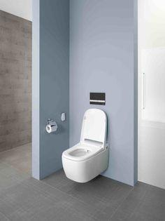 Součástí WC je integrovaná stříkací tryska s nastavitelnou intenzitou proudu i směru vody. Tryska poskytuje různé možnosti mytí pro specifické potřeby žen i mužů.