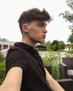 """Mi piace"": 2,148, commenti: 53 - 18/ anciennement @emiliendl_ (@emilien_dvll) su Instagram Male Haircuts, Hair Cuts, Instagram, Style, Men's Hairstyles, Haircuts, Hair Style, Men's Cuts, Haircut Styles"