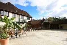 Rivervale Barn | Wedding Reception and Ceremony Barn, Yateley, Hampshire | The Wedding Community #weddingvenues