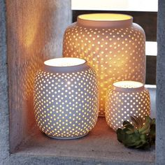 Loving the glow from these porcelain dotted lanterns —Outdoor Lantern Roundup