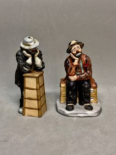 Set of 2 Emmett Kelly Bisque Clown Figurines Dave Grossman Creation by Frambo Limited Edition, Signed by Anaforia on Etsy Emmett Kelly, Pierrot Clown, Circus Clown, Clowns, I Shop, Carving, Etsy, Vintage, Wood Carvings