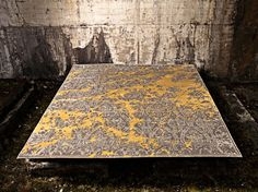 Jan Kath is a young, multi-award winning carpet designer. Combining traditional prints with contemporary design, Jan Kath has created some . Contemporary Rugs, Modern Rugs, Jan Kath, Classical Elements, Floor Art, Rugs On Carpet, Carpets, Carpet Design, Minimalist Design