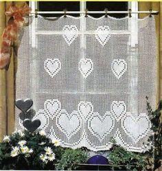 Hobby lavori femminili - ricamo - uncinetto - maglia: tende