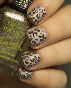 The Nailasaurus: Textured glittery leopard print