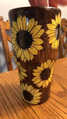 sunflower wood grain stainless steel tum on Mercari Diy Tumblers, Custom Tumblers, Glitter Tumblers, Sunflower Accessories, Tassen Design, Tumblr Cup, Glitter Cups, Black Glitter, Custom Cups